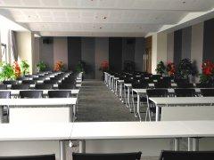 孵化器多功能培训会议室